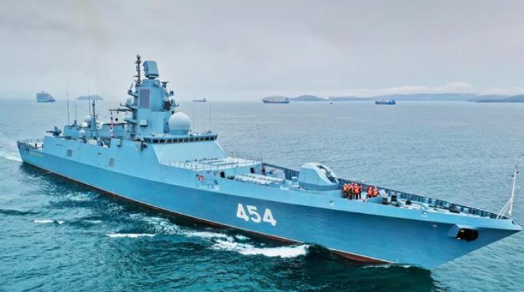 Почему командование ВМС США предписывает своим кораблям уступать дорогу российским