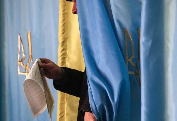 Явка на выборах президента Украины превысила 16% за три часа