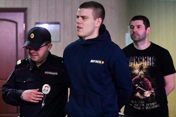 Все три пострадавших прибыли в суд по делу Кокорина и Мамаева