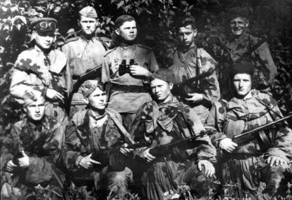 Дерзкий рейд: как 25 разведчиков обратили в бегство 5 тысяч нацистов