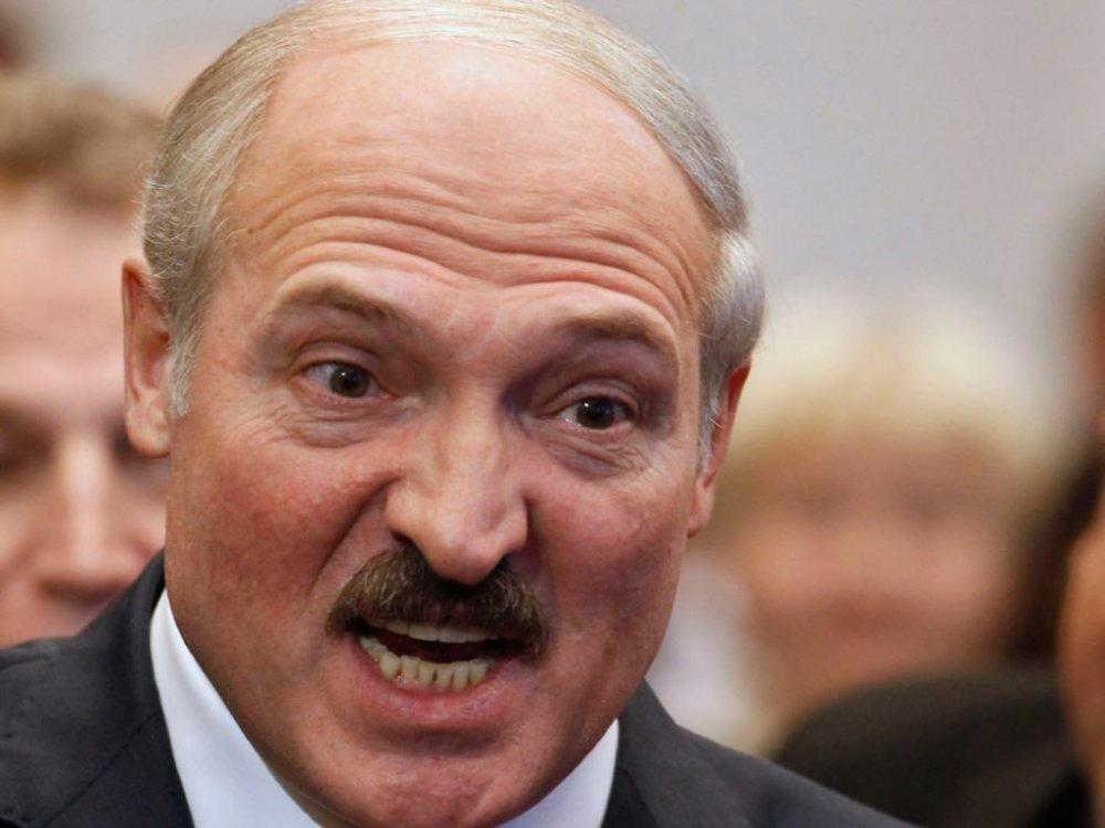 Истерика в Минске: Что Лукашенко не может простить послу России?