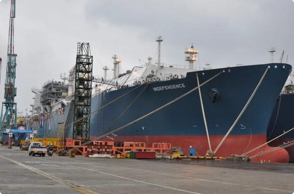 Россия расторгла договор о транзите газа в Литву: желание Литвы исполнено, теперь они покупают газ у США