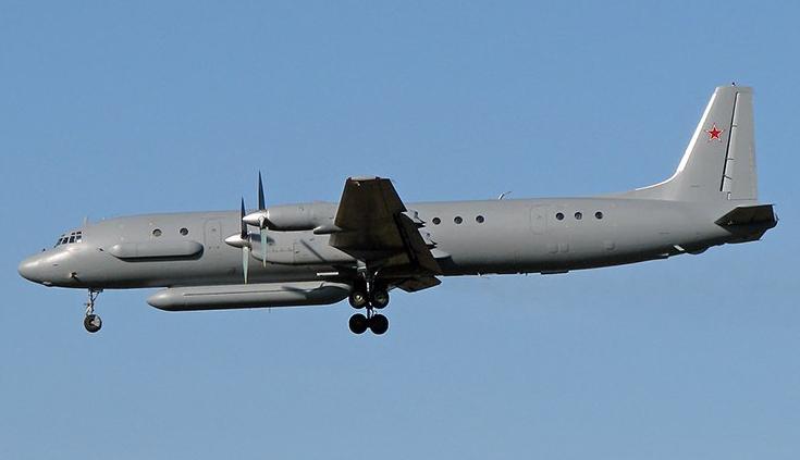 Самолет с 14 российскими военными пропал над Средиземным морем во время удара по Сирии самолетов Израиля и пусков ракет с французского корабля - Минобороны