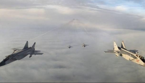 Опубликовано видео полета МиГ-31 в ближнем космосе