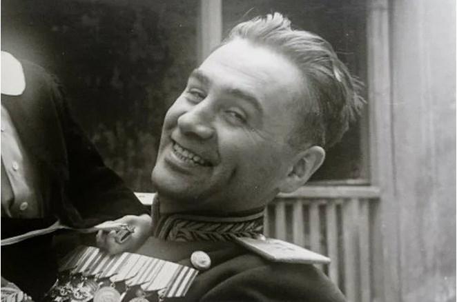 Советский генерал, который 5 лет притворялся сумасшедшим