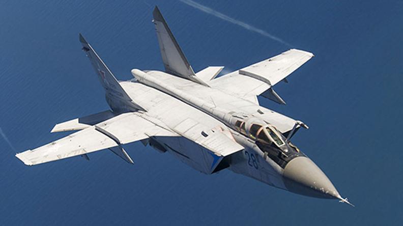 Дальний истребитель-перехватчик МиГ-31 упал из-за технической неисправности в Нижегородской области, оба пилота катапультировались - Минобороны РФ