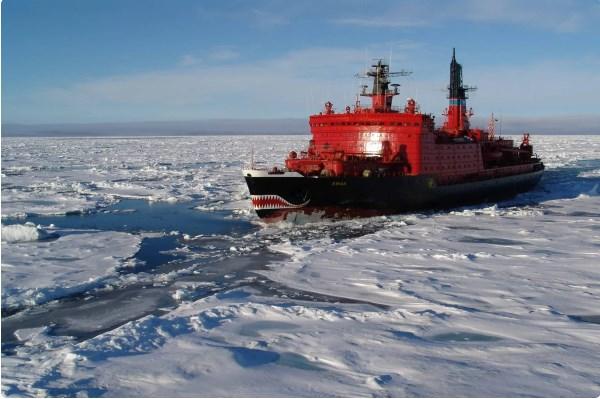 """США решили заблокировать России """"Северный Морской путь"""""""