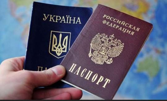 Путин упростил получение паспортов РФ для всех жителей Донбасса